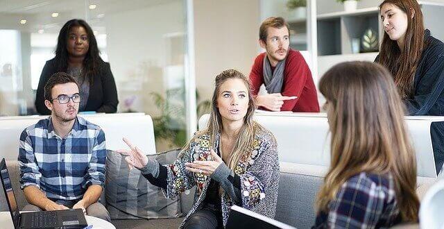 5 Ide Bisnis Mudah Dan Menarik Untuk Anak Kuliah